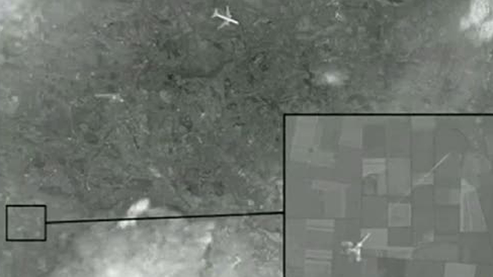 Rusia difunde las imágenes del supuesto ataque al avión de Malaysia en Ucrania
