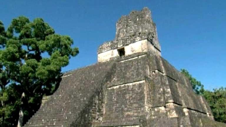 En Guatemala, los arqueólogos descubren un jeroglífico maya
