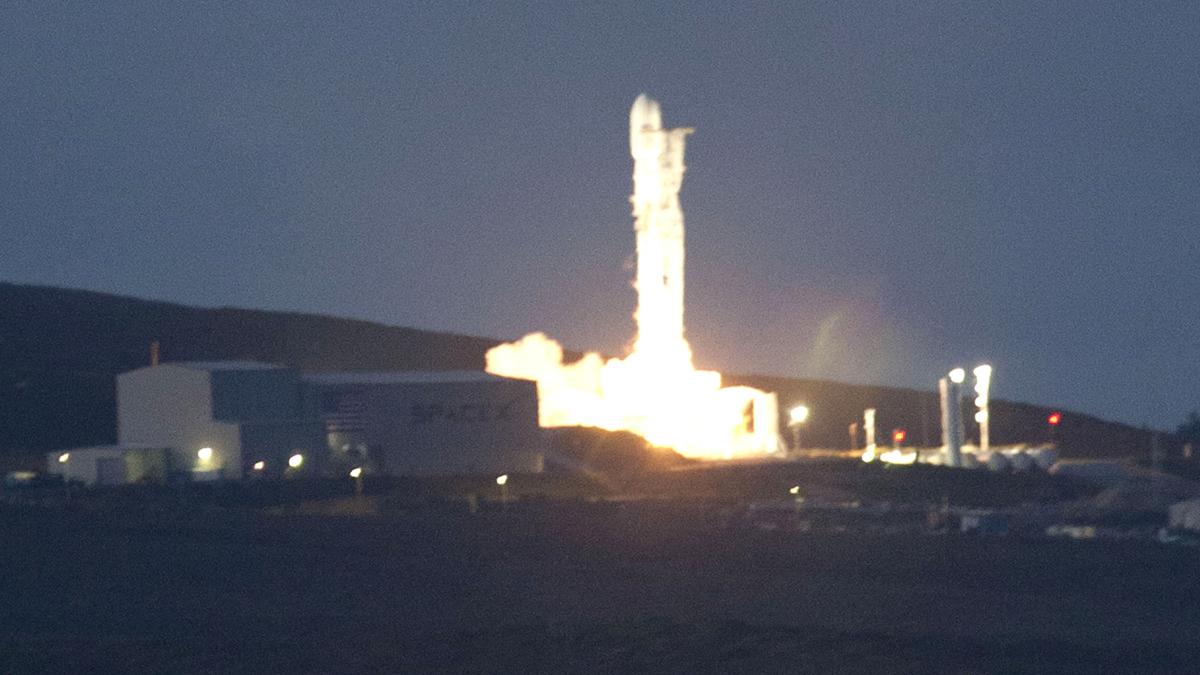 Despega con éxito Paz, el primer satélite español de observación de la Tierra