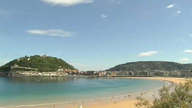 Nuboso en el norte peninsular y despejado en el resto de España
