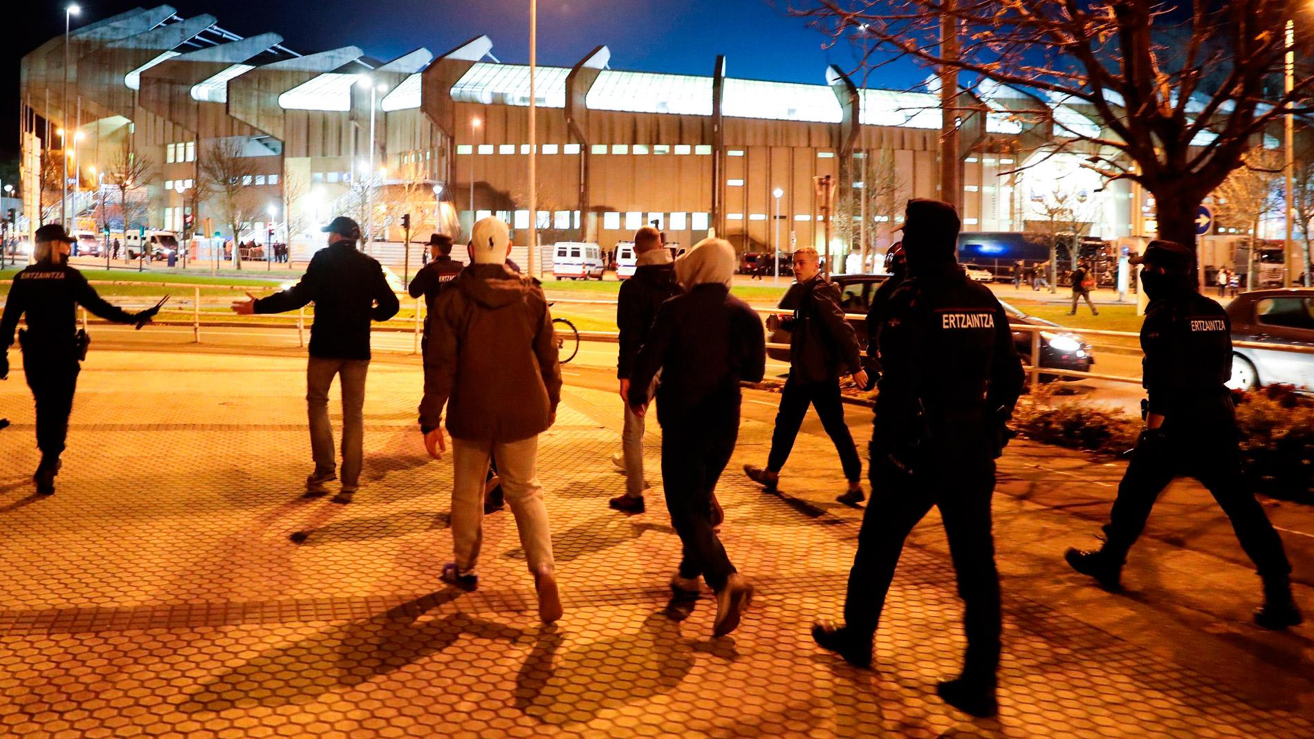 Detenidas dos personas tras enfrentarse seguidores del Zenit y de la Real