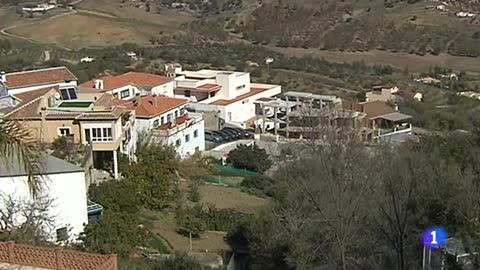 Detenido un hombre por asesinar presuntamente a su pareja en un pueblo de Málaga