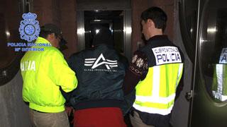 Detenido en Madrid 'El Enfermero' acusado de practicar más de 500 abortos forzados a guerrilleras de las FARC