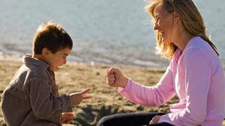 El Día de la Madre refleja la dificultad económica de las madres solas