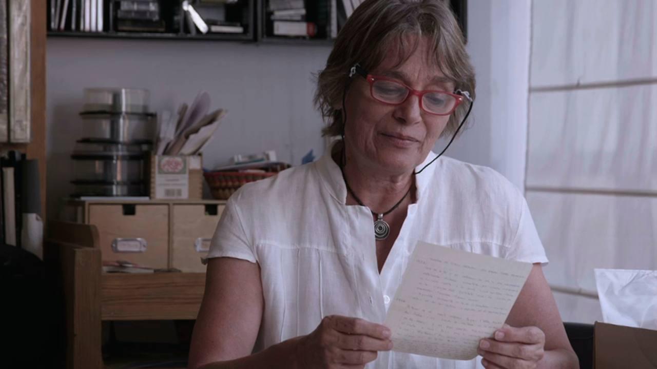 En el documental participan sus hijas Cristina y Marta Cerezales.