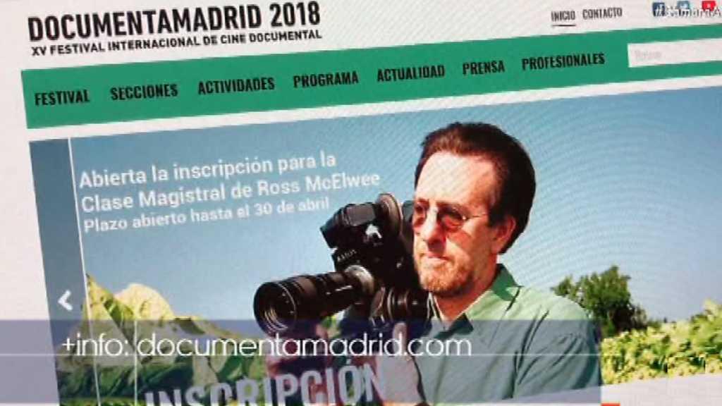 Cámara abierta - DocumentaMadrid 2018; el youtuber y físico Javier Santaolalla; y Laura Jordán Bambach en 1minutoCOM