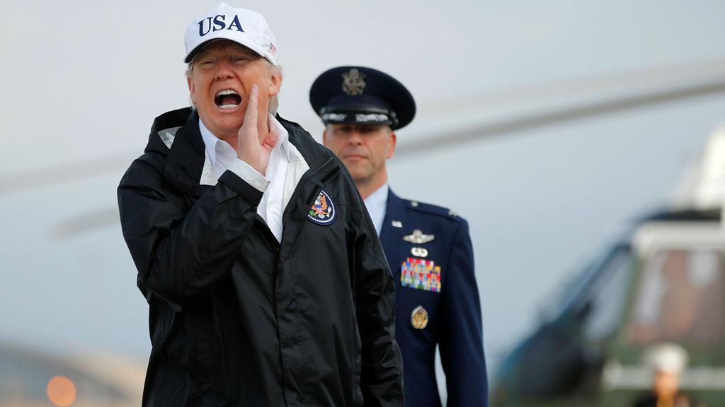 Donald Trump viaja a Florida para visitar las zonas devastadas por el huracán Irma