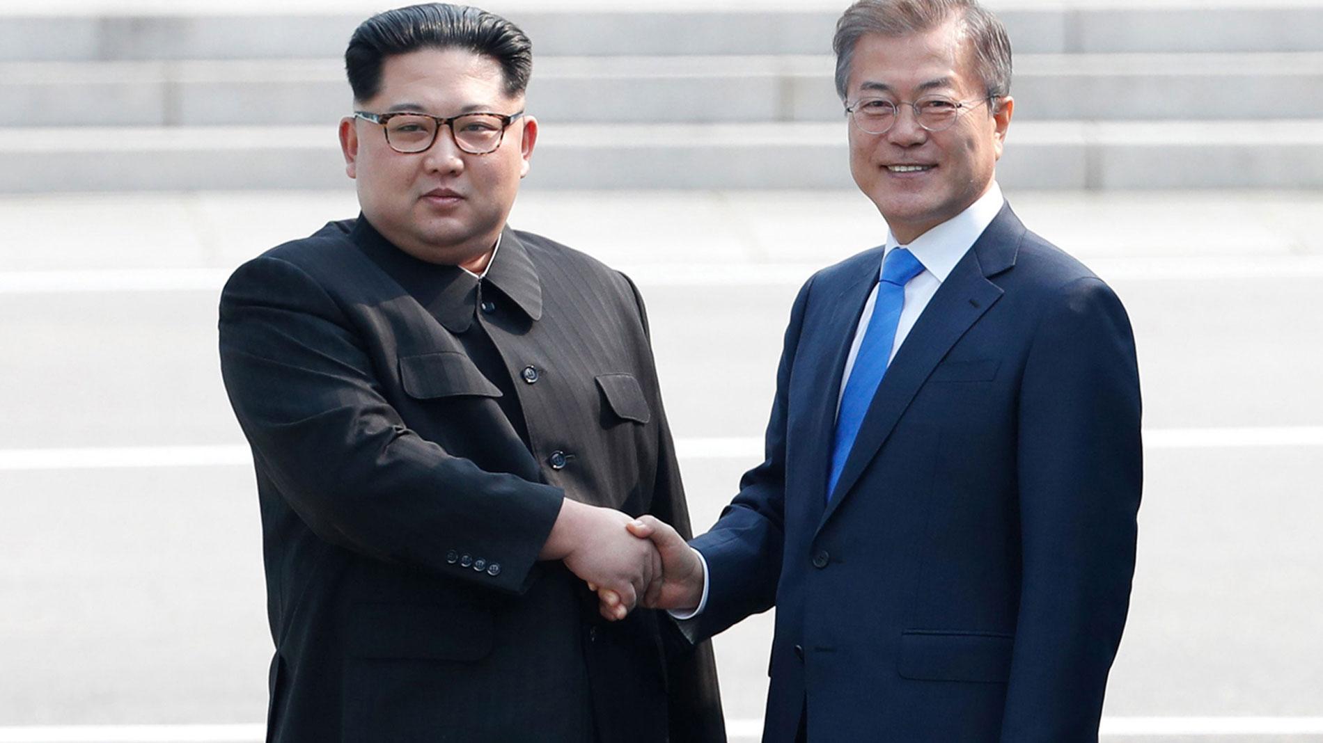 Las dos Coreas celebran histórica cumbre con compromiso de conseguir la paz