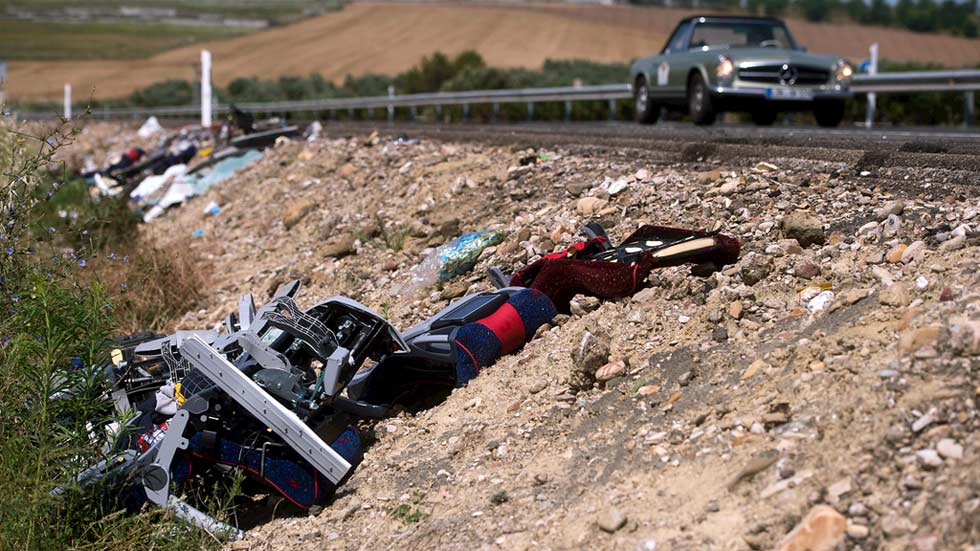 Dos muertos y decenas de heridos en un accidente entre un autobús y un camión en Córdoba