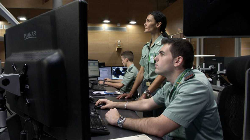 Fronteras - Dos operaciones antinarcóticos y un fondeo en Madrid-Barajas