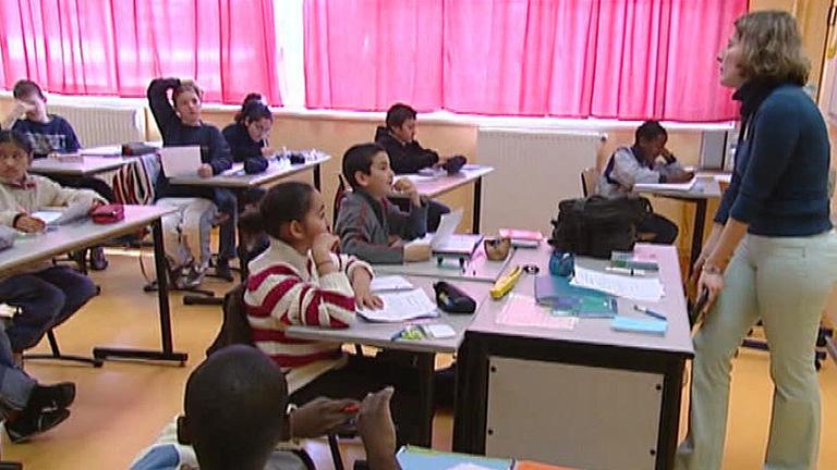 La mayor asociación de padres de alumnos de Francia se ha rebelado contra los deberes en casa