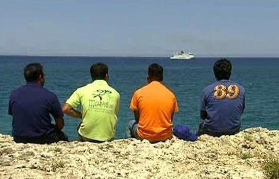 Con todos los acentos - El drama de los bengalíes en Melilla