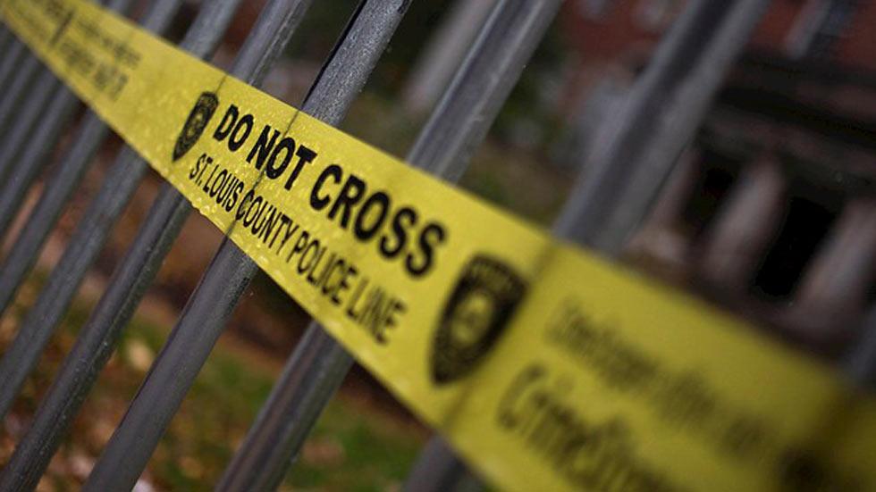 Muere un niño de 12 años tiroteado por un policía por llevar una pistola de juguete en EE.UU.