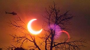 Eclipse solar a través del océano Pacífico