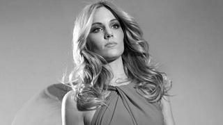 Edurnevisión - Edurne canta 'Amanecer' en la Embajada de Austria