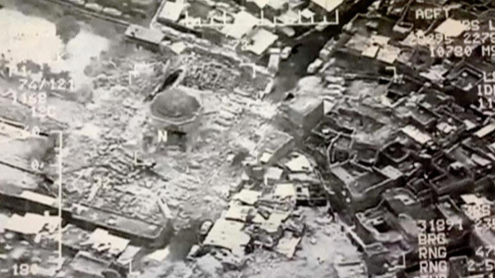 """El EI destruye la icónica mezquita de Mosul donde proclamó el """"califato"""""""
