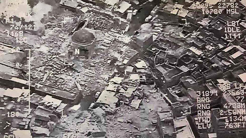 """El EI destruye la icónica mezquita de Al Nuri en Mosul donde proclamó el """"califato"""""""