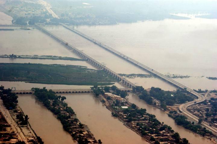 Más de 1.100 muertos y 2,5 millones de afectados por las inundaciones en Pakistán 1281365528067