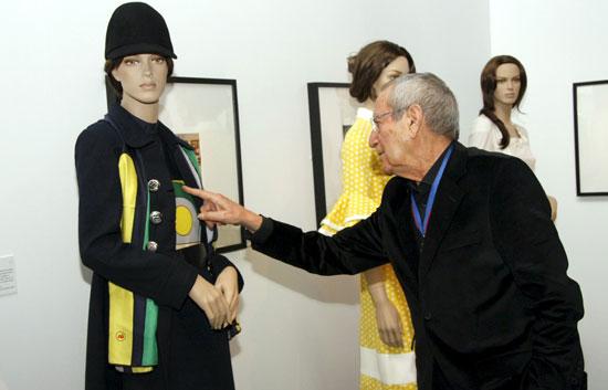 El Museo del Traje de Madrid acoge la exposición 'Elio Berhanyer. 50 años de moda'