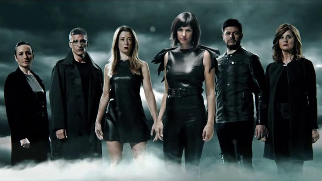 El tiempo - El equipo de 'El tiempo', convertido en superhéroes