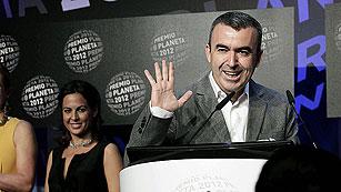 El escritor madrileño Lorenzo Silva gana la 61ª edición del Premio Planeta
