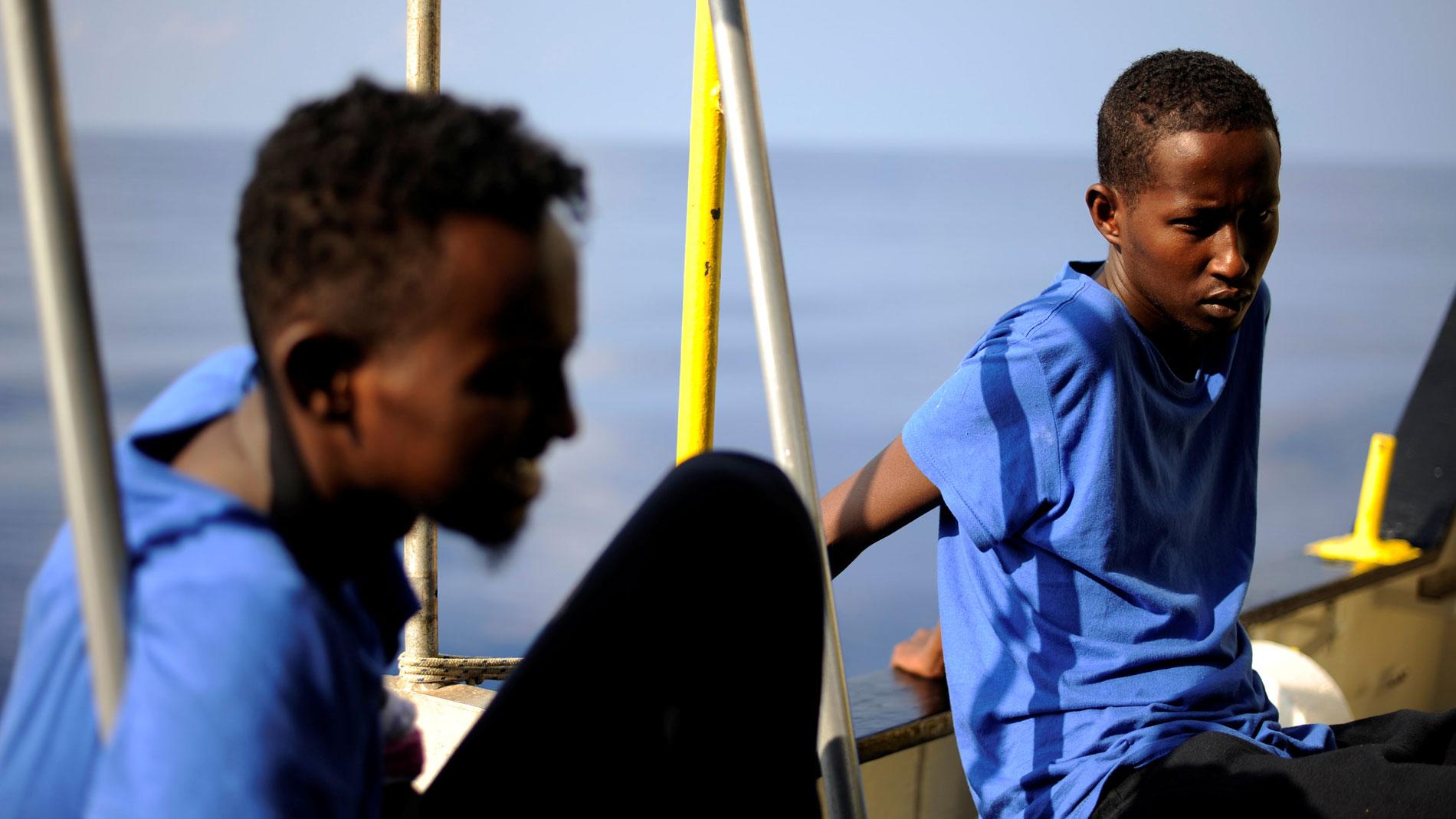 España acogerá a 60 migrantes del Aquarius junto a otros países de la UE después de que atraque en Malta