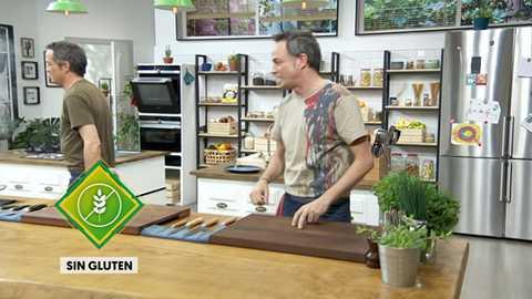 Torres en la cocina - Espárragos con cecina y torta pascualina