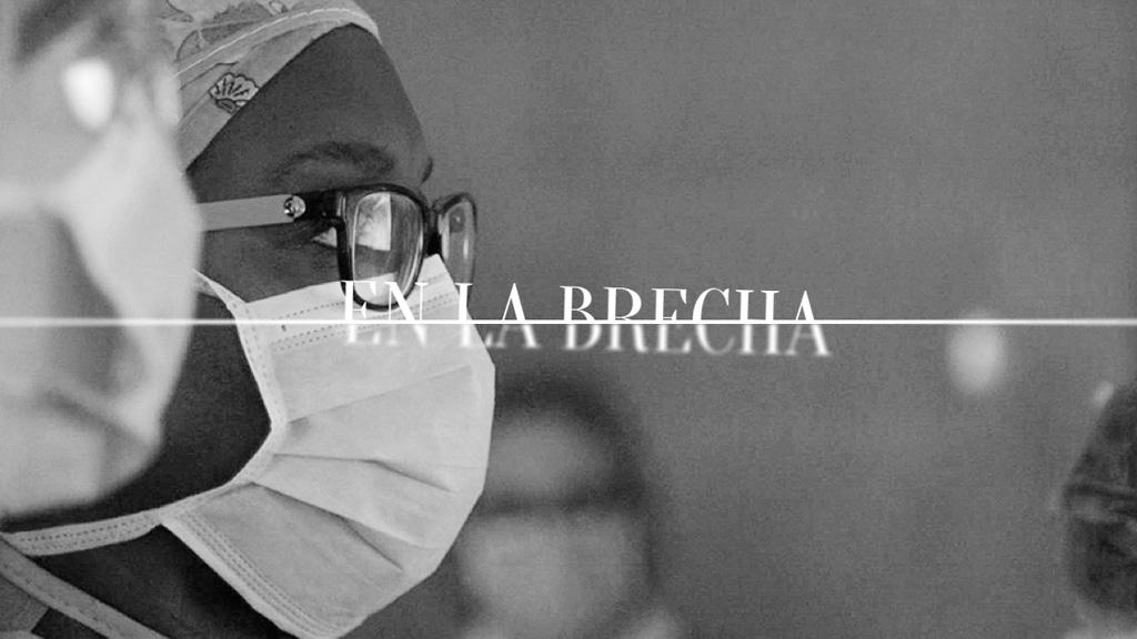 'En la brecha' -  Esther Nve, cirujana: La dificultad de conciliar vida laboral y familiar