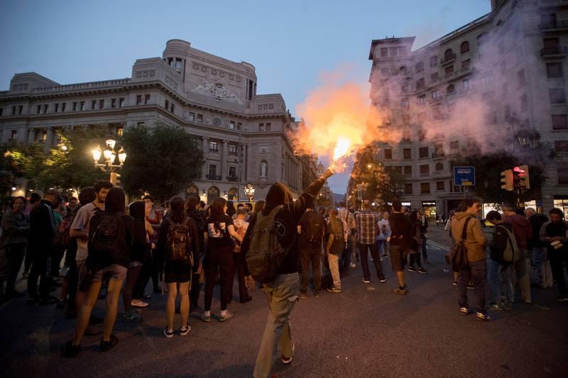 Estudiantes se manifiestan en Barcelona po el 1-O