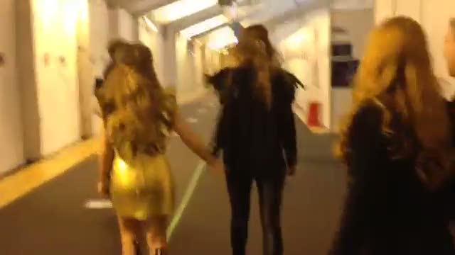 Eurovisión 2014 - Molly camino al escenario