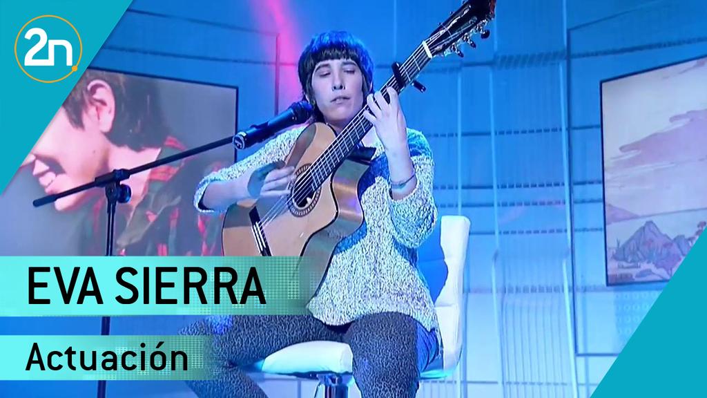 Eva Sierra interpreta `Claveles¿