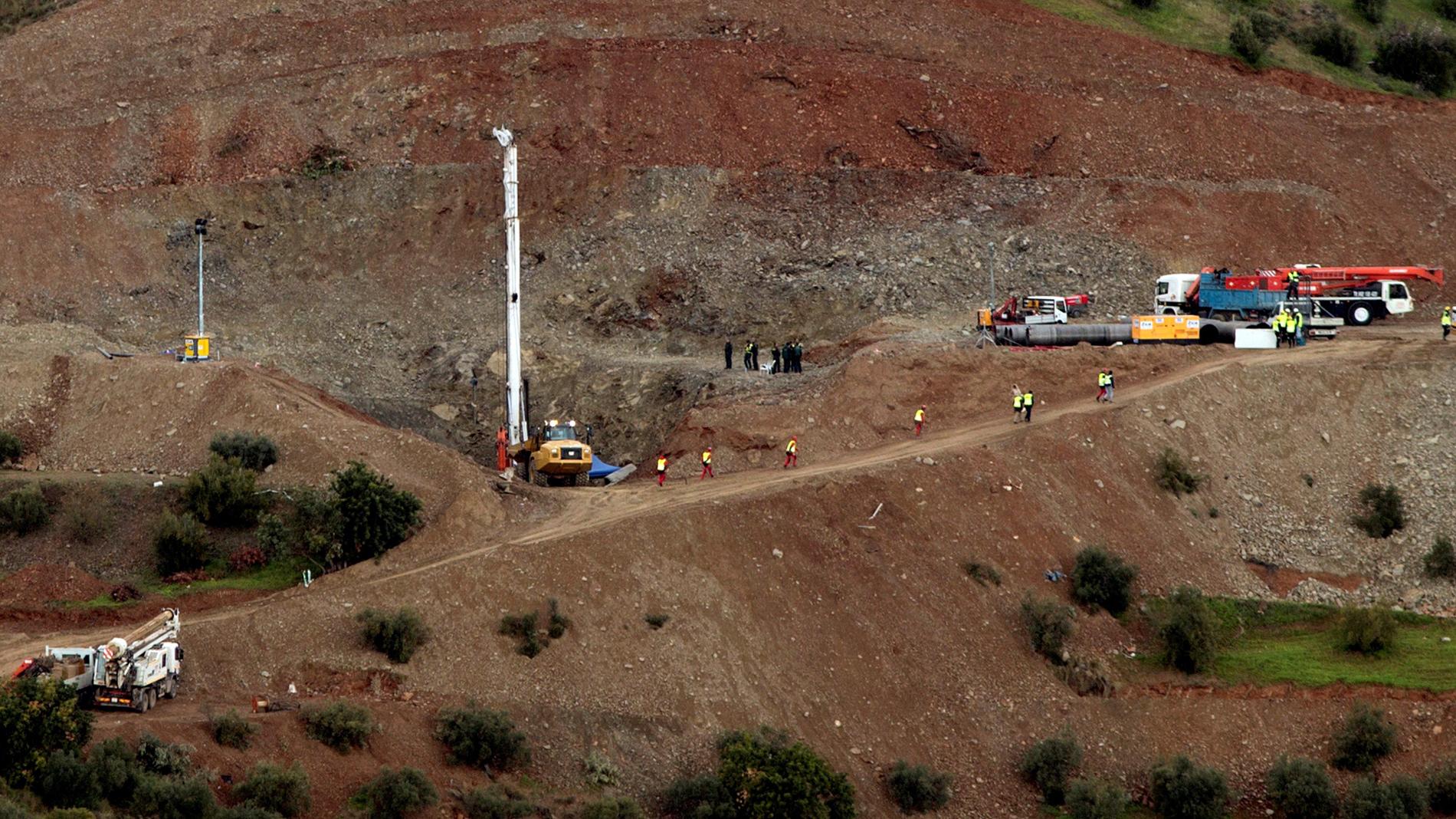 Excavados 52 metros de túnel paralelo al pozo donde se busca a Julen