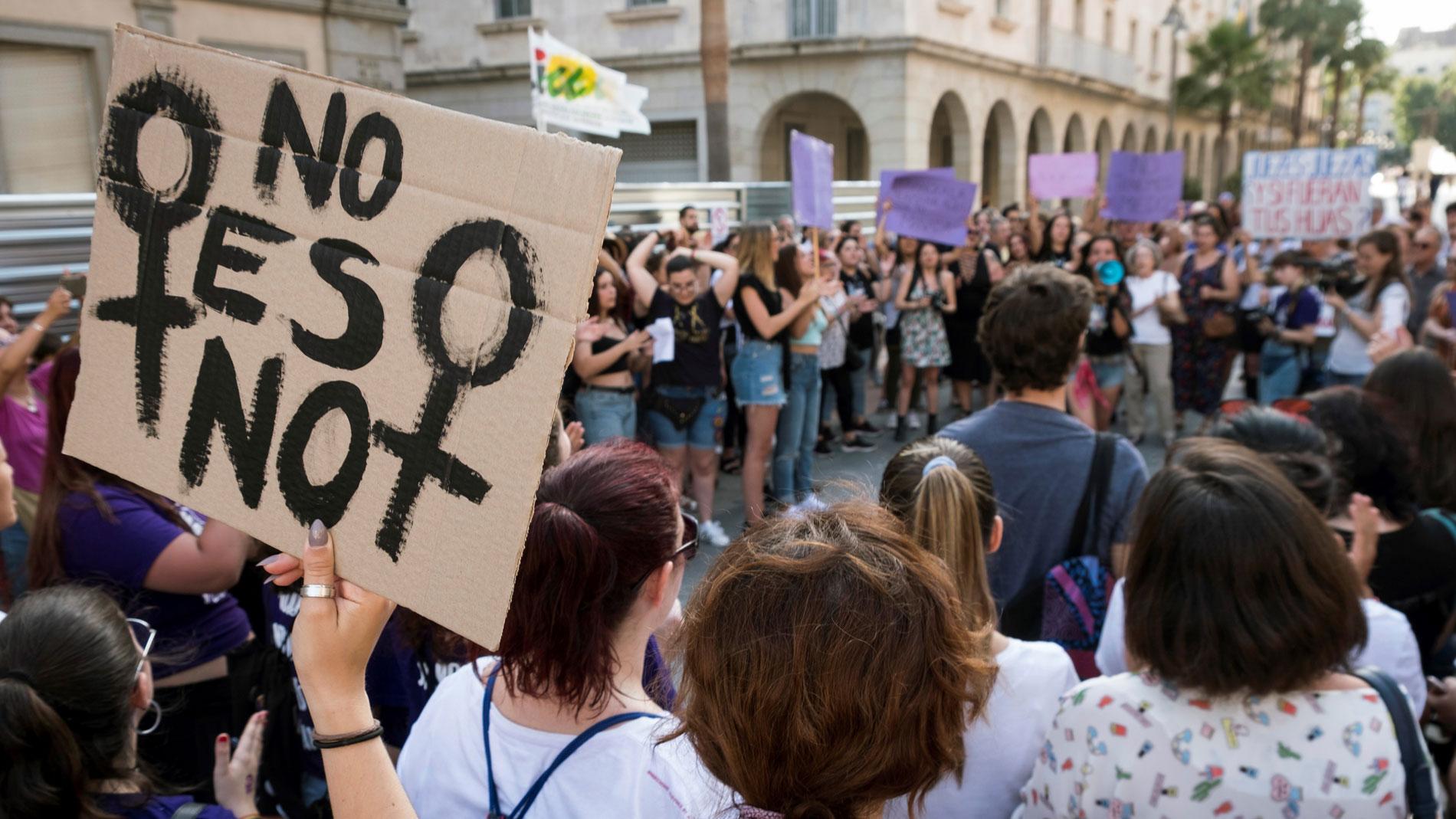 """Los expertos plantean eliminar el término abuso del Código Penal para que todo sean """"agresiones sexuales"""""""
