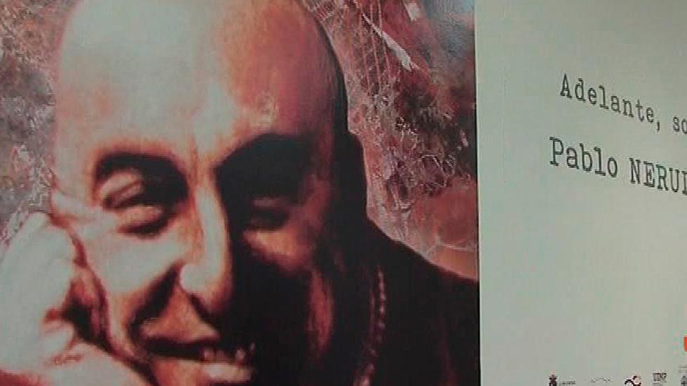 Una exposición recuerda en Cantabria a Pablo Neruda