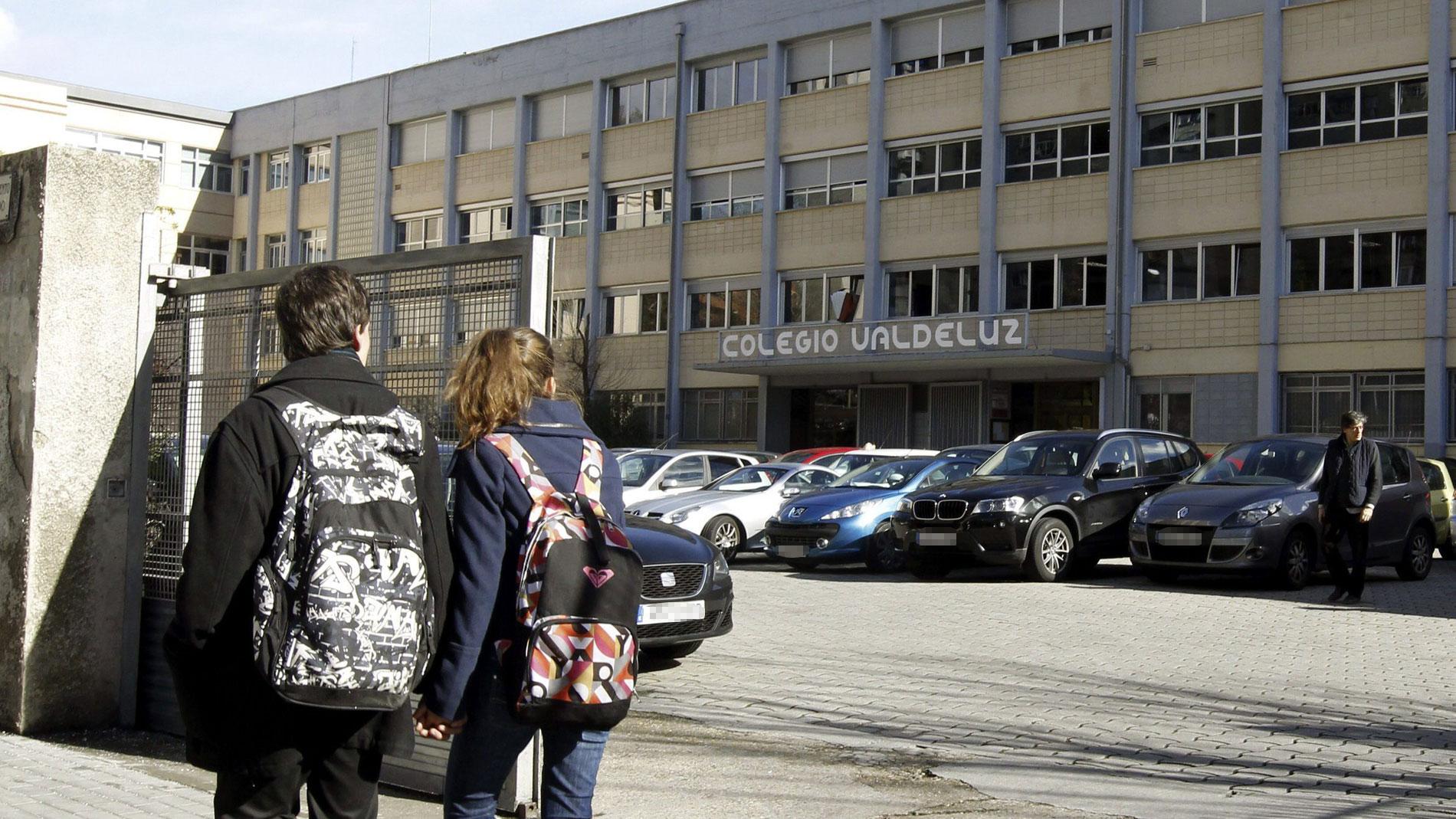 El exprofesor del colegio Valdeluz niega los abusos, pero dos de las alumnas relatan los tocamientos ante el juez