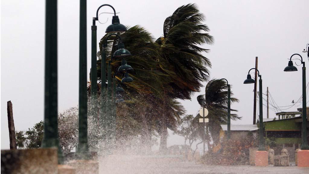 """El """"extremadamente peligroso"""" huracan María, a pocas horas de tocar tierra en Puerto Rico"""