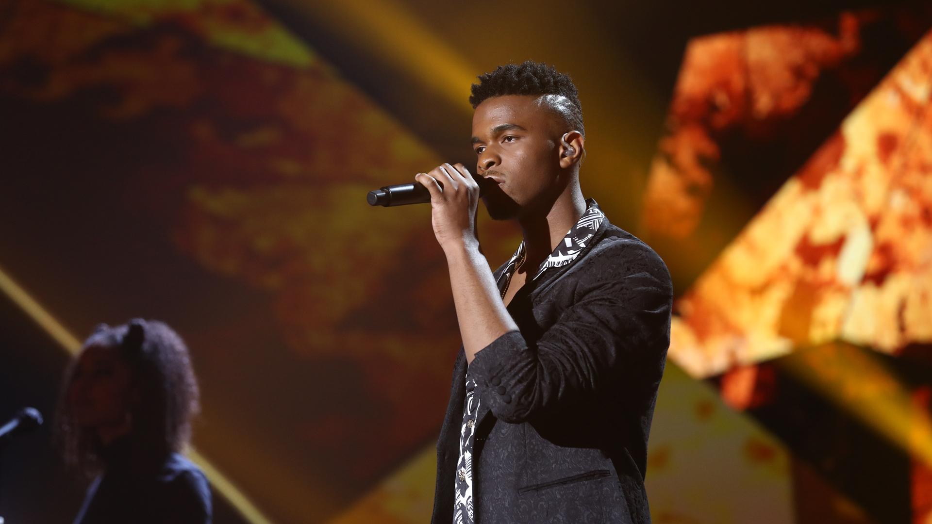 """Eurovisión 2019 - Famous canta """"No puedo más"""" en la Gala OT Eurovisión"""