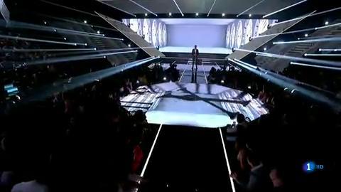 """OT 2018 - Famous canta """"El reloj"""" en la gala 9"""