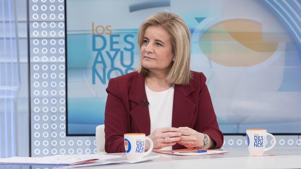 Los desayunos de TVE - Fátima Báñez, Ministra de Empleo y Seguridad Social de España