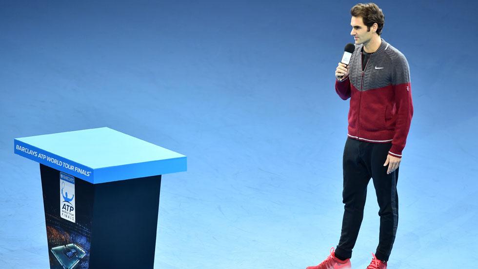 Federer no puede jugar la final del Masters por lesión