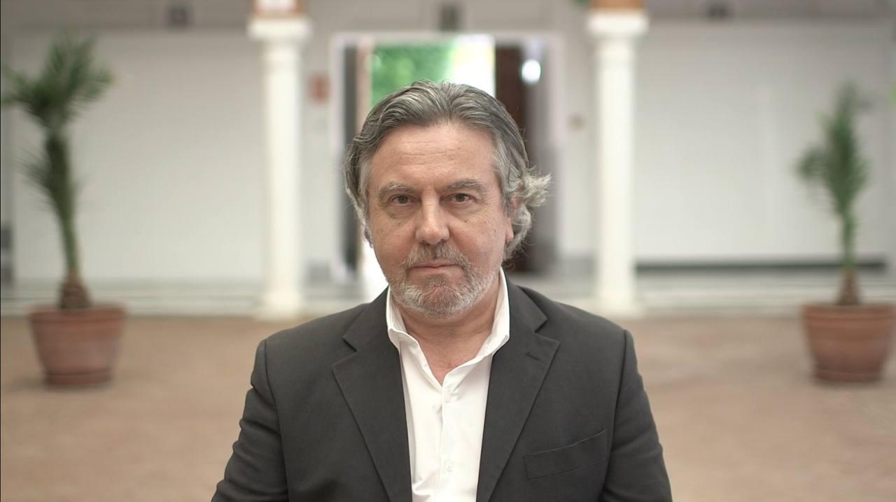 Felipe Benítez Reyes, además de novelista, es un reputado poeta