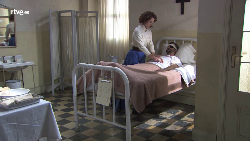 Acacias 38 - Felipe despierta tras el accidente