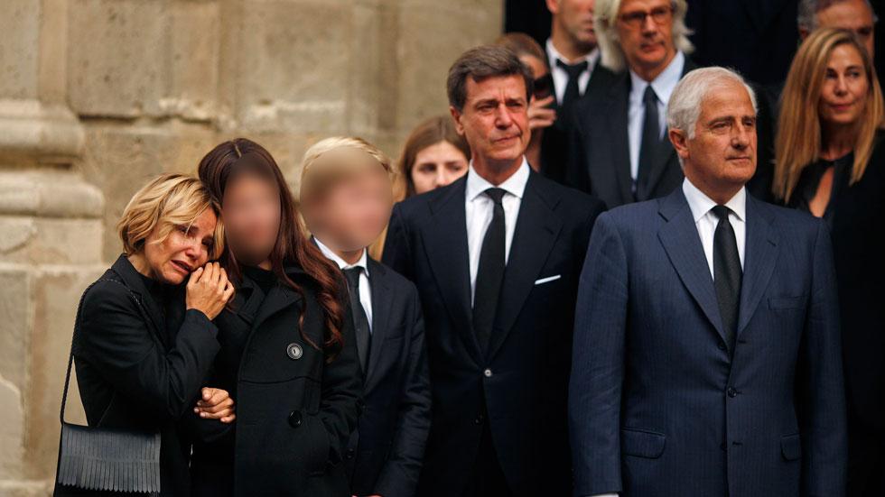 La mañana - El féretro con el cadáver de la duquesa de Alba es trasladado a la catedral