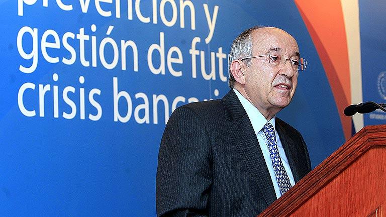 Fernández Ordóñez dejará el cargo de gobernador del Banco de España un mes antes de lo previsto