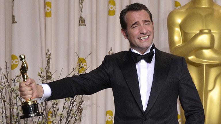 La francesa 'The Artist' se lleva cinco estatuillas y se convierte en la gran triunfadora de los Oscar