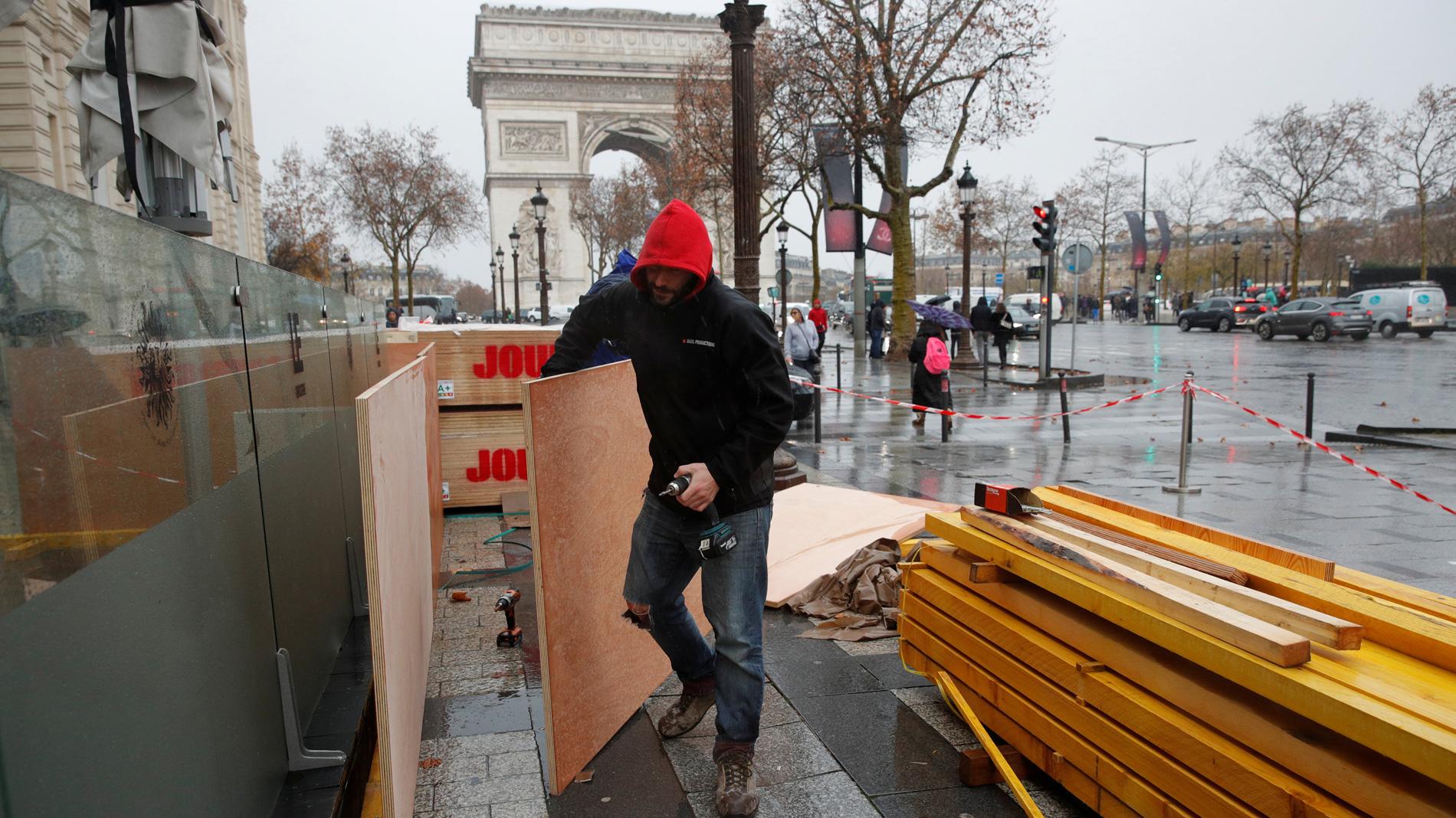 Francia se blinda ante un nuevo fin de semana de protestas de los 'chalecos amarillos'