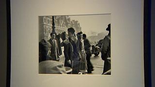 Fundación Canal en Madrid presenta la exposición 'La belleza de lo cotidiano'  del fotógrafo Robert Doisnea