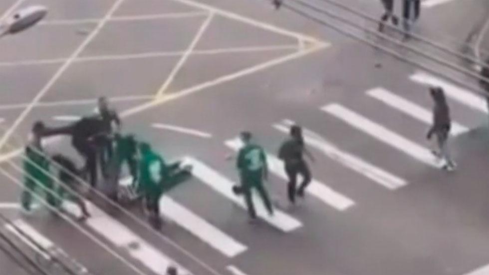 El fútbol protagoniza incidentes violentos en Brasil y en China