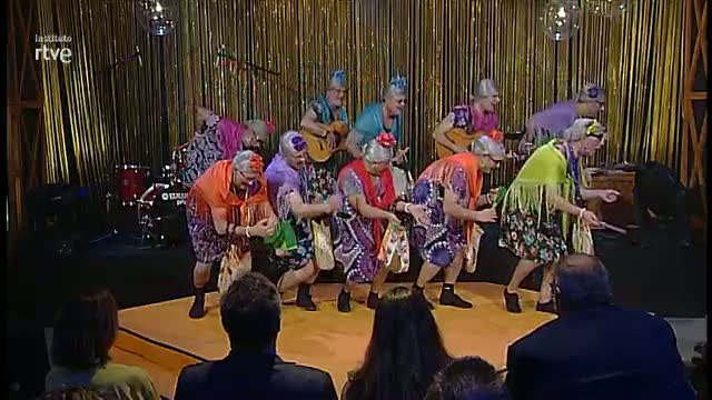 Gala Instituto RVTE 2015. Actuación de la chirigota de Yepes