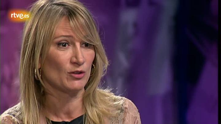 Gent de paraula - Joana Bonet :  'Vivim en una societat hiper comunicada però alhora més sola que mai'